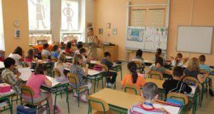 Upis đaka prvaka počinje za mesec dana: U pojedinim školama previše prijava, mesta skoro popunjena
