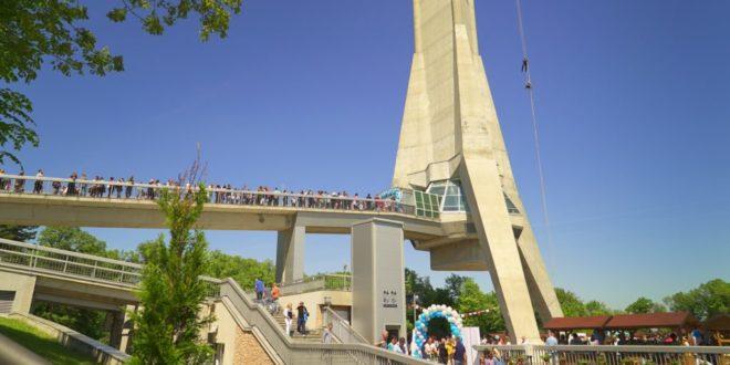 Avalski toranj proslavlja deveti rođendan