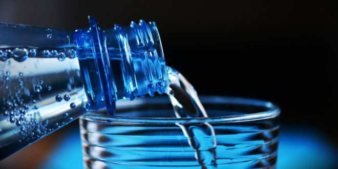 4 pogrešna uverenja o vodi: Mnogi slepo veruju u ove mitove, ne nasedajte više!