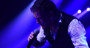 HAOS NA MUSIC WEEK FESTIVALU GIBONNI PODIGAO KOP NA NOGE