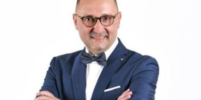 Vokalni umetnik Radio Beograda Ivica Stančić najavljuje solistički koncert povodom jubileja muzičke karijere!